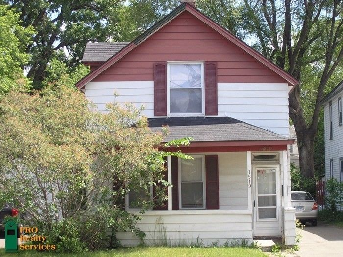 See All Available Apartments For Rent At 3 Bedroom Single Family Home In Minneapolis Mn 3 Bedroom Single F Renting A House Fenced In Yard Apartments For Rent