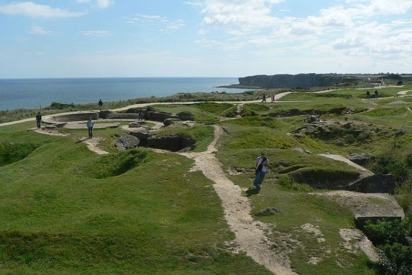 Pointe du Hoc was the highest point between Utah and Omaha beach during WWII. The German army fortified it with casemates and gun pits to prevent the Allied Forces from invading. American troops captured Pointe du Hoc, helping to win the battle. Today, some of the observation bunkers still stand.