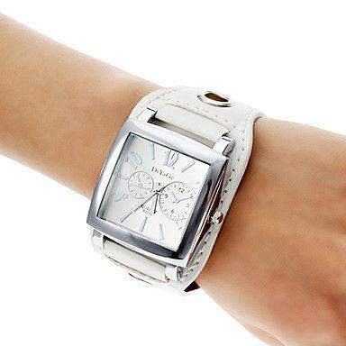 Аналоговые кварцевые наручные часы унисекс с ремешком из кожзама (белые) – RUB p. 267,50