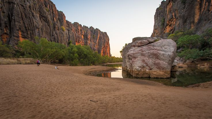 Windjana Gorge National Park is part of a 375 million-year-old reef system. Carved by the Lennard River, Windjana Gorge is over three kilometres long. #crikeycamper #CampingMadeEasy