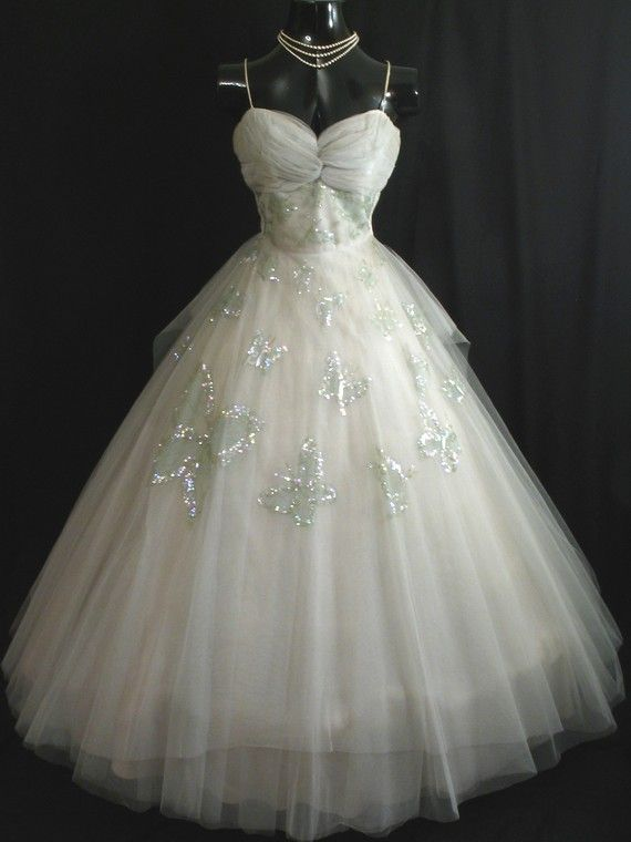 17 best images about butterfly wedding dresses on for Butterfly back wedding dress