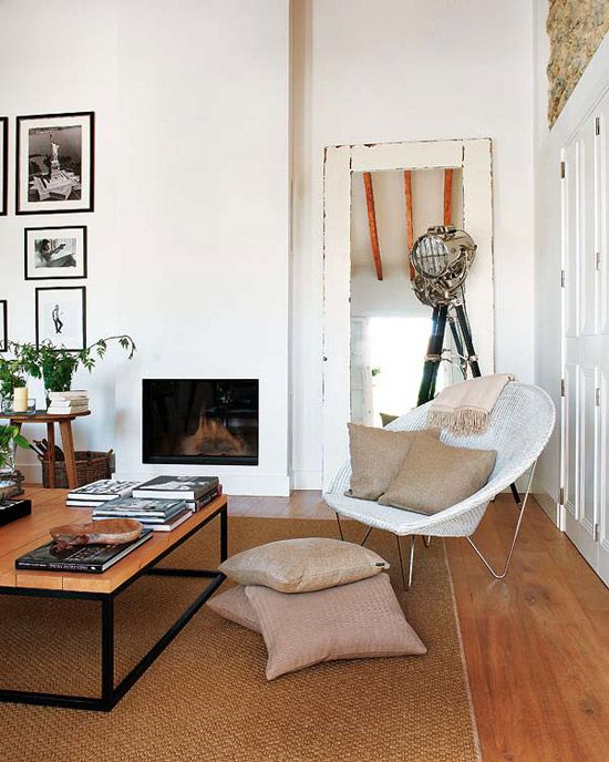 : Living Rooms, Simple Living, Living Spaces, Spanish Home, Chairs, Fireplaces, Chic Dress, Floors Lamps, Sweet Home