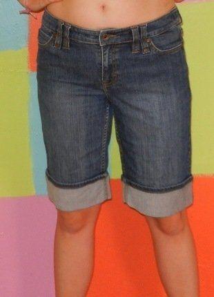 À vendre sur #vintedfrance ! http://www.vinted.fr/mode-femmes/pantacourts/23017338-jeans-pantacourt-short-t42-44-esprit-printempsete