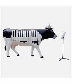 CowParade Kansas City cow detail - Cownt Basie