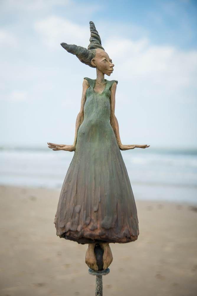 dirk de keyzer art | Etoile Heureuse (155cm) by Dirk De Keyzer@Art Center HOres