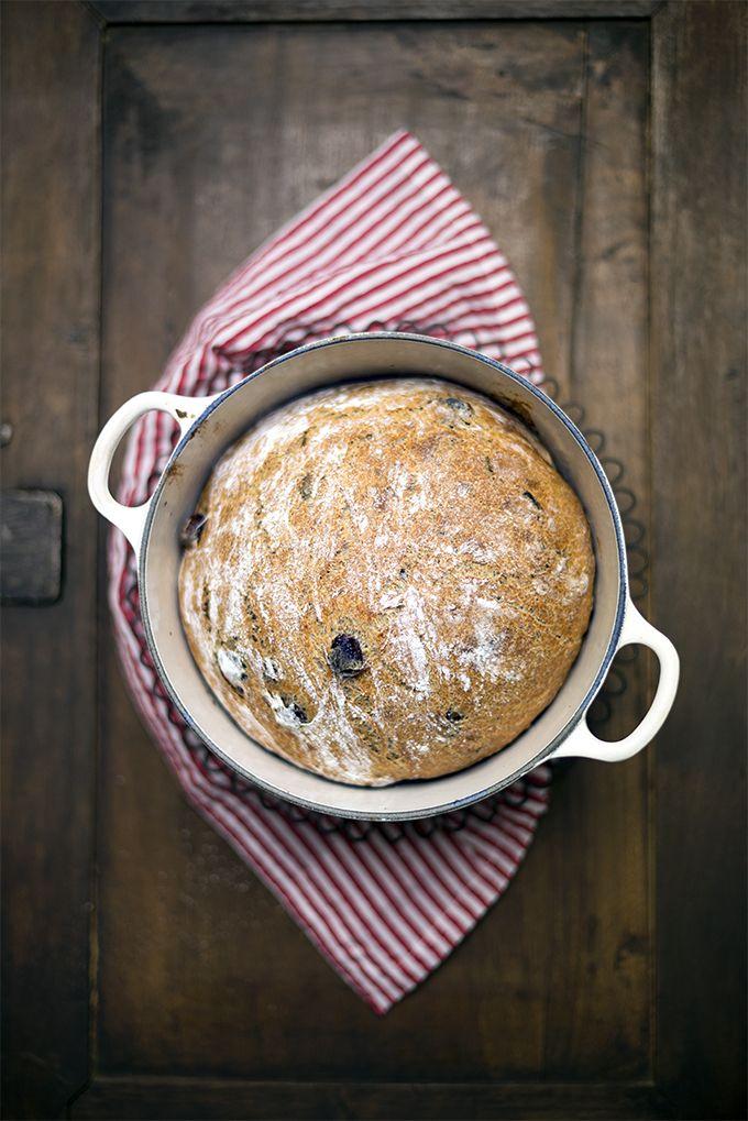 pane integrale con olive Taggiasche e rosmarino www.pane-burro.blogspot.it