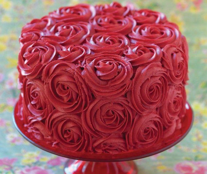 rozentaart wonderschone taart met rode rozen van botercreme tags grote ...