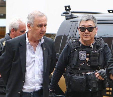 BLOG DO ALUIZIO AMORIM: BRIGA DE CACHORRO GRANDE: ENQUANTO RONCAM AS CUÍCA...