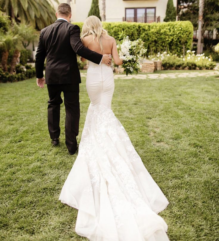 Inbal Dror Wedding Gowns For Sale: 47 Best Inbal Dror Real Weddings Images On Pinterest