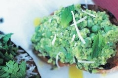 Jamie Oliver's Pea and Broad Bean Puree Crostini