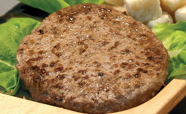 i-Burger al Formaggio - Hamburger surgelato  al formaggio - Ingredienti: carne bovina (con scottona e bovina razza chianina), formaggio stagionato 18/24 mesi, pane, latte, uova, sale