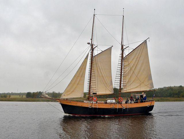 Old sailing ship by Henri Bonell, via Flickr