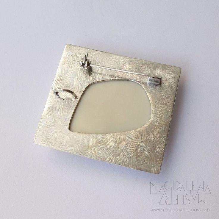 pendant or a brooch? | Magdalena Maslerz