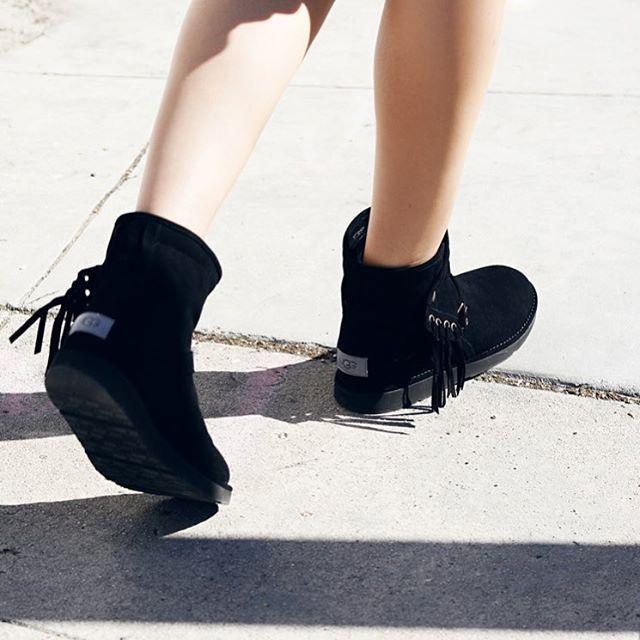 Newest UGG Australia Karisa Black Womens Ankle Boots Outlet UK1612