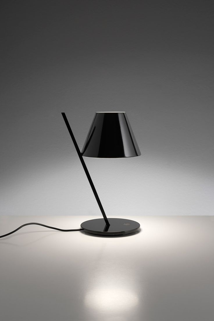 Wh wholesale vintage lead crystal table lamp buy cheap - La Petite Table Lamp By Artemide