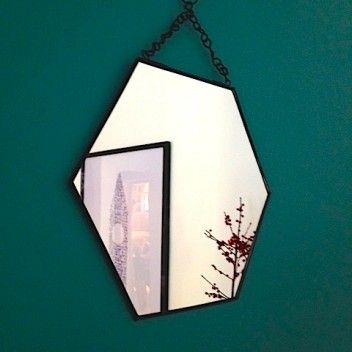 Grand miroir barbier noir miroirs pinterest for Miroir hexagonal cuivre