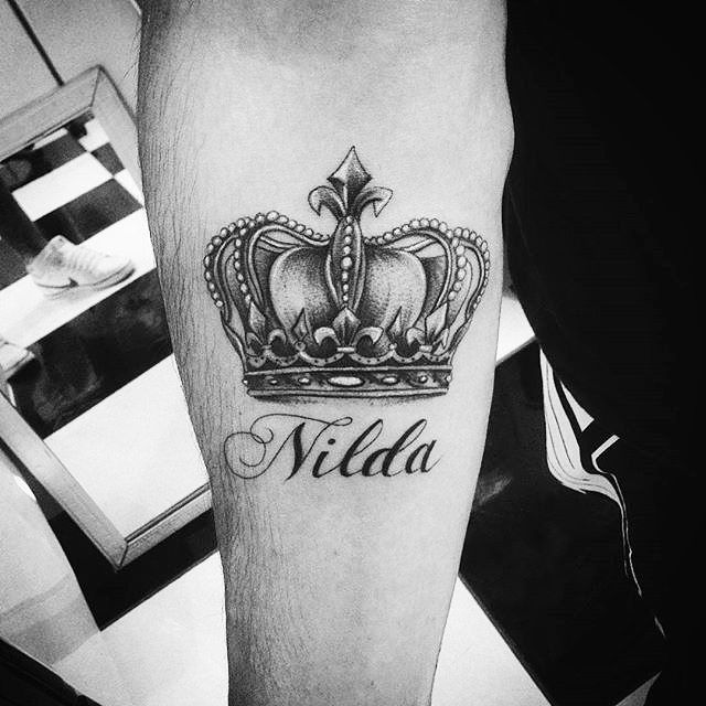 awesome Top 100 crown tattoo - http://4develop.com.ua/top-100-crown-tattoo/ Check more at http://4develop.com.ua/top-100-crown-tattoo/