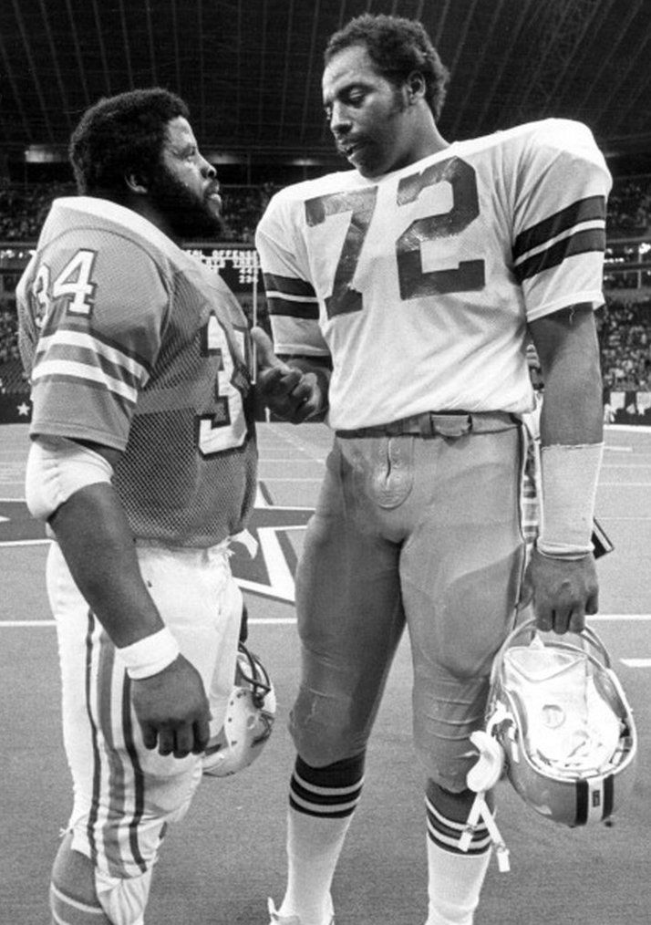 "Earl Campbell - Ed ""Too Tall"" Jones  - Houston Oilers - Dallas Cowboys"