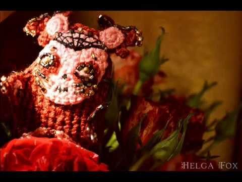 Брошь M O X Y_коллекция Spooky Friends  #brooch #broochcrochet #mexico #деньмертвых #мексика #катрина #святаясмерть #череп #скелет #смерть #чудовище #монстр #необычнаяброшь #коллекционнаяброшь