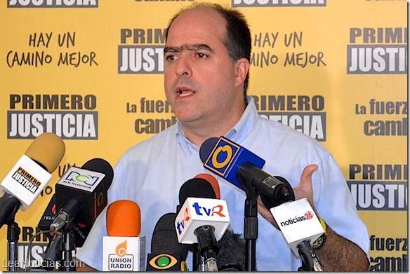 """Julio Borges: """"Mayoría de la FANB rechaza la represión y la manipulación política de la institución"""" - http://www.leanoticias.com/2014/03/15/julio-borges-mayoria-de-la-fanb-rechaza-la-represion-y-la-manipulacion-politica-de-la-institucion/"""