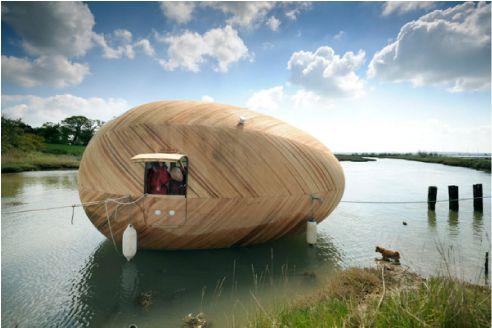 Exbury Egg: la #CasaUovo ecosostenibile e galleggiante completa di tutto cio che è necessario per vivere.ecosostenibile e galleggiante