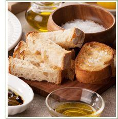 石窯パンで楽しむオリーブオイル♪|すぐそばにある贅沢 石窯パン | タカキベーカリー