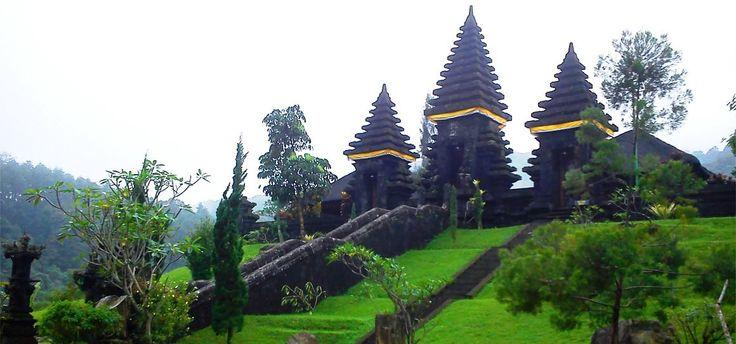 Wisata Sejarah: Petilasan Prabu Siliwangi di Kaki Gunung Salak Bogor - www.hellobogor.com