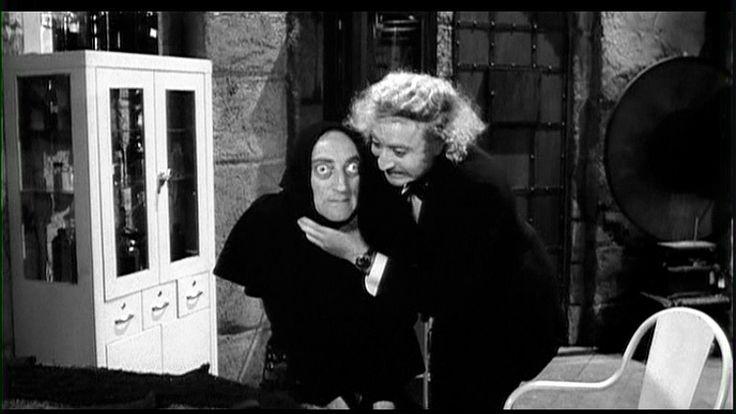 """Frankenstein Junior - Gene Wilder  """"Vorresti dire.. che io ho messo un cervello abnorme in un energumeno lungo 2 metri e 20 e largo come un armadio a due ante..? ..canaglia! E' questo che vorresti dirmi?!"""""""