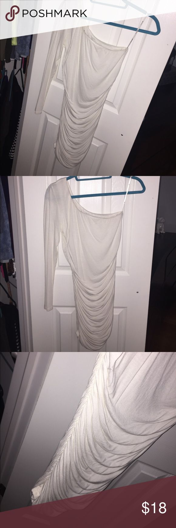 One Shoulder White Dress Cream colored one Shoulder dress from Forever 21. Worn once, hand washed. Forever 21 Dresses One Shoulder