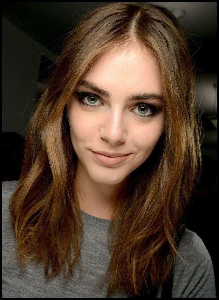 Mittellang Damenfrisuren von Berühmtheiten Check more at https … | #Frisurenf…   – Einfache Frisuren
