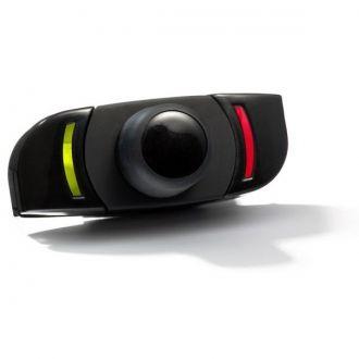 CK3000 EVOLUTION to samochodowy zestaw głośnomówiący wykorzystujący takie technologie jak: Bluetooth, rozpoznawanie mowy czy usuwania szumów z otoczenia.  Gdy tylko wsiądziesz do samochodu i uruchomisz silnik zestaw CK3000 EVOLUTION automatycznie połączy się z Twoim telefonem komórkowym. System rozpoznawania mowy umożliwia kierowcy wybór rozmówcy poprzez wypowiedzenie nazwy, pod którą rozmówca jest wpisany w książce adresowej.