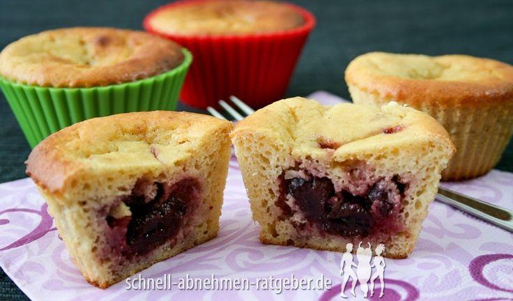 Käsekuchen-Muffins Low Carb mit Fruchtfüllung