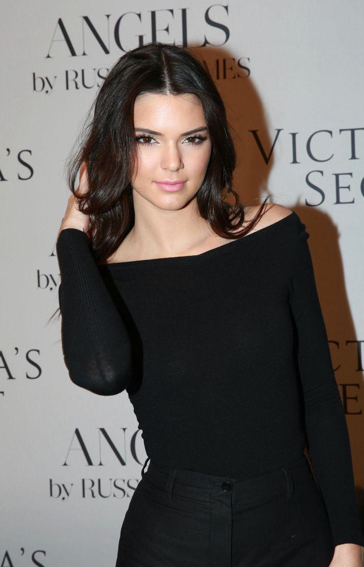 Kendall in black set