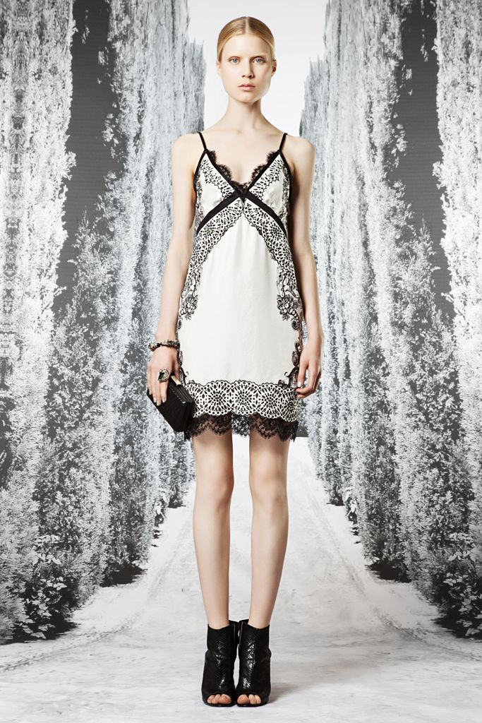 where to buy shoulder strap Roberto Cavalli Resort    Collection  Gallery  Style com