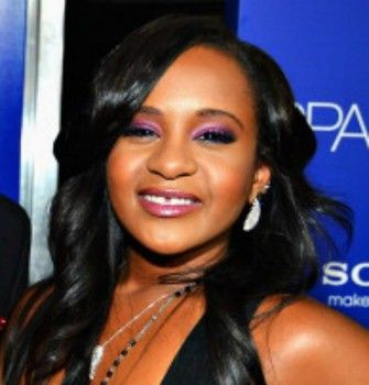 Bobbi Kristina's family shoots down white tent death rumors    Bobbi Kristina's family and friends say rumors of her death are false.  Despite the arrival of a hearse in conjunction with the erection of a white tent at the Peachtree Christian Hospice, Bobbi Kristina has not died. Details below.  #BobbiKristinaDead  #BobbiKristina  http://www.examiner.com/article/bobbi-kristina-s-family-shoots-down-white-tent-death-rumors