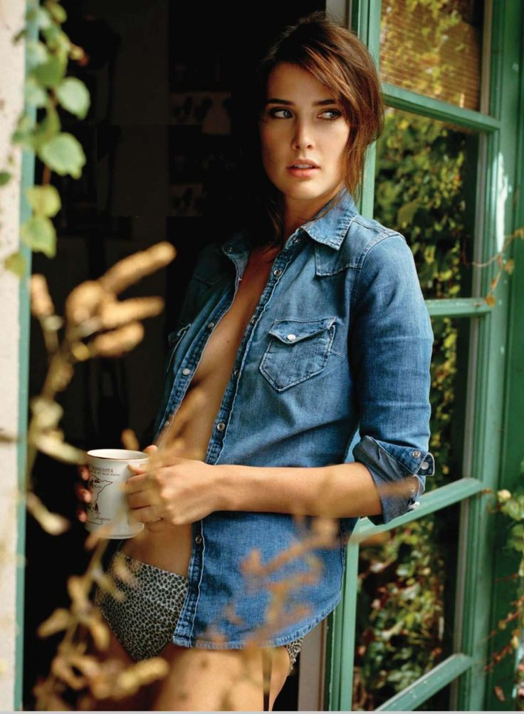 Hot Pics of Cobie Smulders