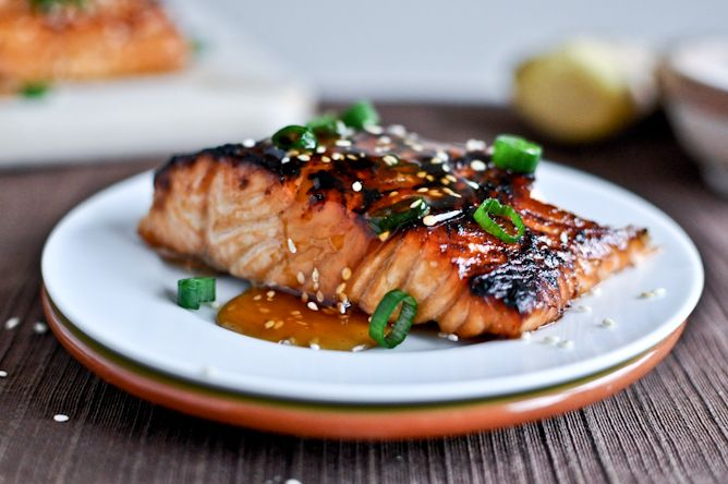 Toasted Sesame Ginger Salmon. My family would love this. Freshly grated ginger.....mmmmmmmmmm yum.