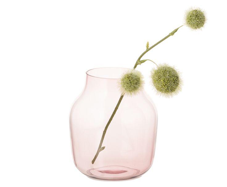 """Hier steht die Form im Fokus. Vase SILENT von Muuto begeistert mit luftigem Design aus mundgeblasenem Glas und setzt in zart getöntem Rosé feine Akzente. Kombinieren Sie das handgemachte Accessoire, von Andreas Engesvik designt, in verschiedenen Größen und weiteren Farben der Serie """"Silent"""