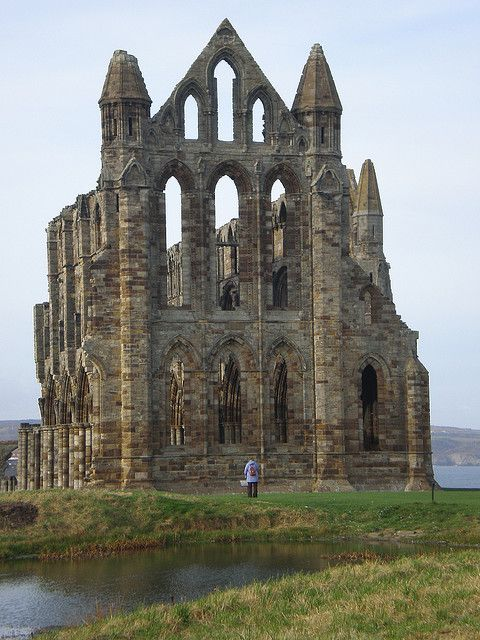 Ruins of Whitby Abbey in Yorkshire, inspiration for Bram Stoker when he wrote Dracula, England (by Inglewood Mum).