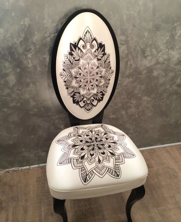 ModHomeEc - 2 black Sharpies turn a vinyl chair into a spectacular art chair.