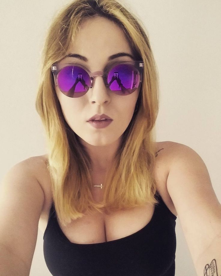 #saturday #weekend #chill #time #summer #holiday #polishgirl #student #blonde #tattoos #pink #sunglasses #poland #78days http://butimag.com/ipost/1554458838026735704/?code=BWSjBPKjNBY