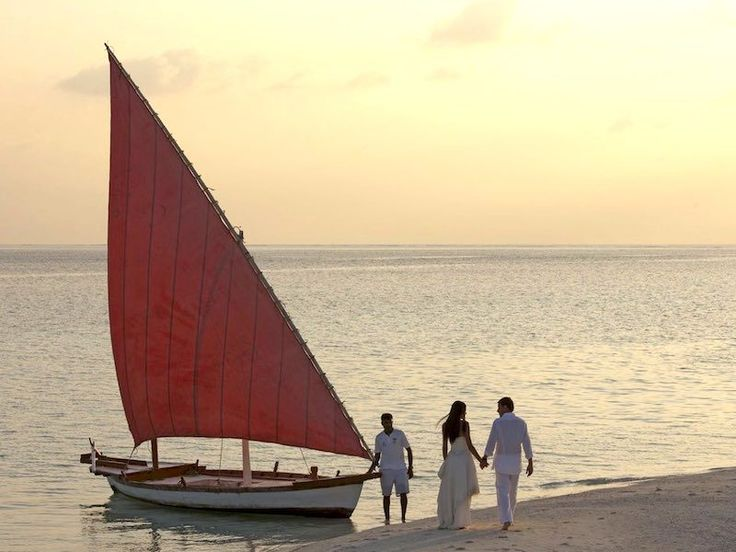 Romantic Getaways to PRICE #LUXURyRESORTMALDIVES, #PRICELUXURY #RESORTSRILANKA, #PRICELUXURY #ROMANTICRESORT MAURITIUS, #ROMANTICGETAWAYS, #ROMANTIC #POOLRESIDENCE <strong>Put a Ring On It!</strong>