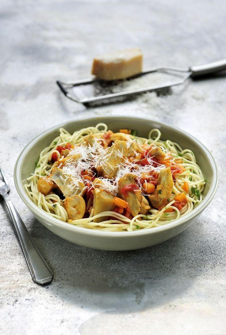 "Artisjok ""en barigoule"" met pasta  http://www.njam.tv/recepten/artisjok-en-barigoule-met-pasta"
