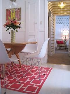 pink geometric painted rugPink Geometric, Fab Pink, Geometric Painting, Painting Rugs, Wall Painting, 40 Years, Ikea Rugs, Diy Rugs, Floors Rugs