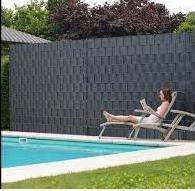#Relaxen aan het #zwembad dankzij #ZichtDicht #paparazzi-hekwerk #lamellen