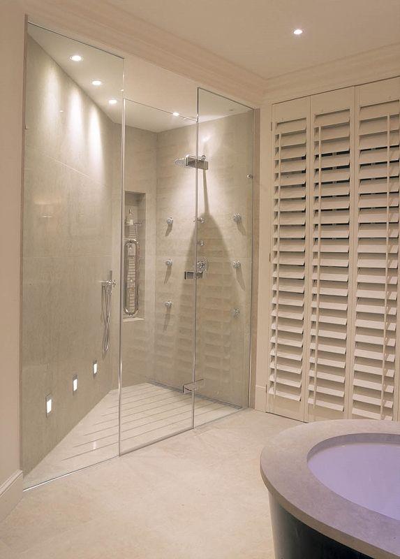 London Bathroom by Bathrooms International. Designed by Bill Bennette