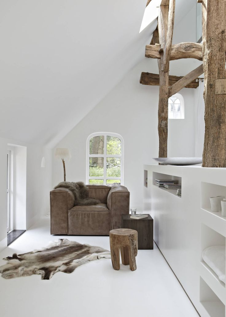 25+ beste idee u00ebn over Landelijke woonkamers op Pinterest   Moderne cottage decor, Hal tafel