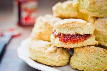 ¡¡Desde Tiendadetés os dejamos con unas deliciosas recetas para acompañar el té!! ¡¡En nuestro blog las podéis ir viendo: http://tienda-de-tes.blogspot.com.es/2015/04/recetas-para-acompanar-el-te-scones.html !! #Té #Tea #TeaTime #RecetasTé #Scones #Escocia #Relax #Recetas