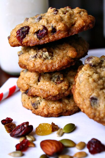 Oatmeal Trail Mix Cookies & directions for recipe jar gift! #QuakerUp #Spon @Target