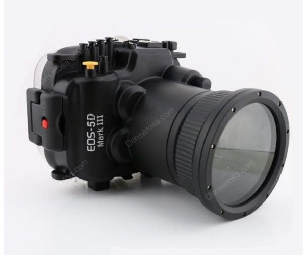Professional underwater camera housing for Canon 5D mark III with 24-105mm lens, the housing is installed with Safty Alarm which will be better protect your camera from foul operation. With this you can take photos or videos underwater up to 40 meters.Ideal for diving at sea, surfing, snorkeling, skiing, yacht or other activities.
